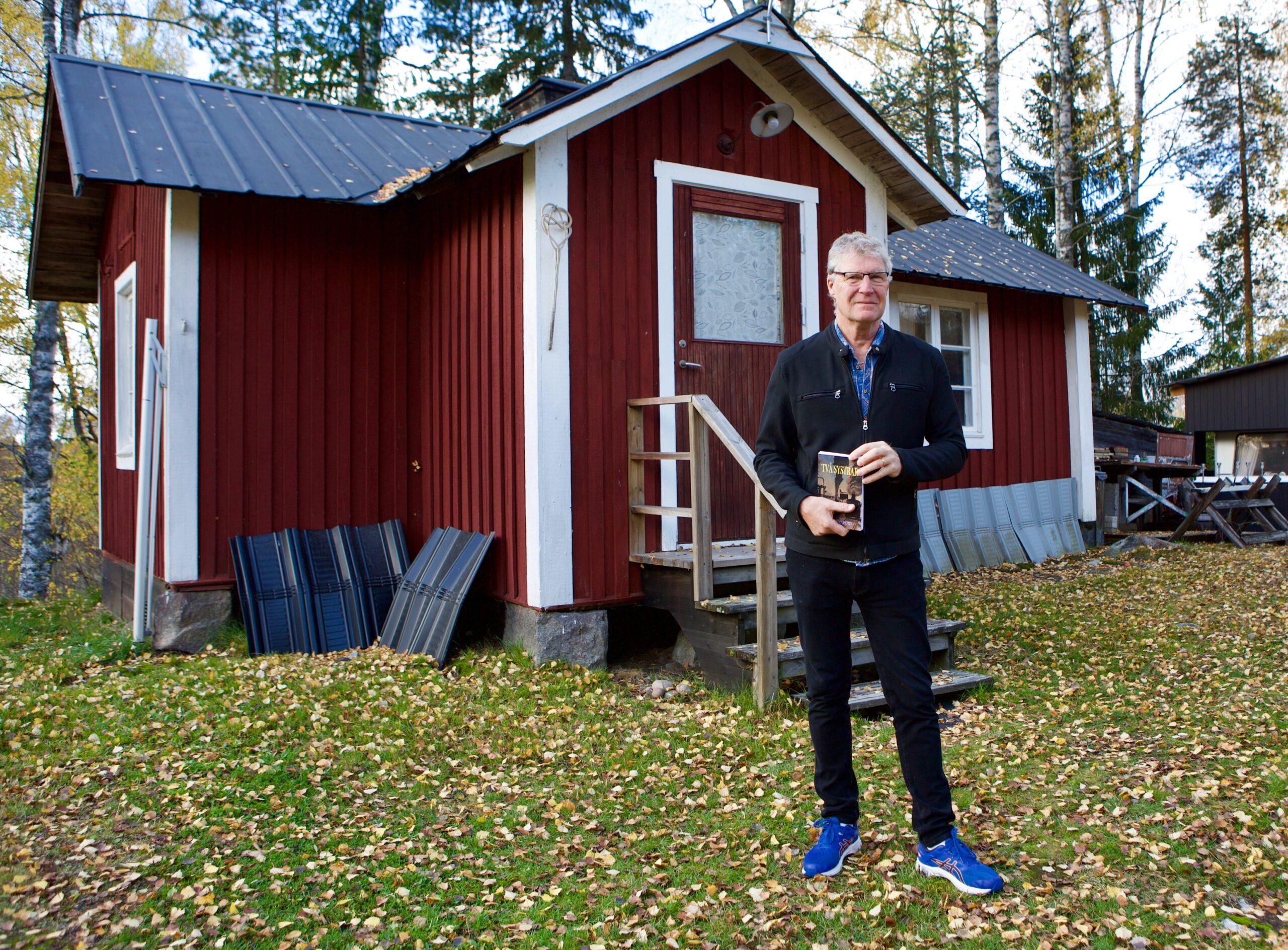 Här vid fäbodvallen i Dalasågen utspelar sig en stor del av handlingen i romanen Två systrar som Lars Wanfors pappa Erik Wanfors skrivit.